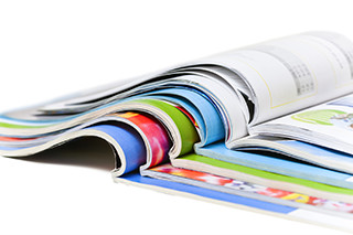 紙媒体広告